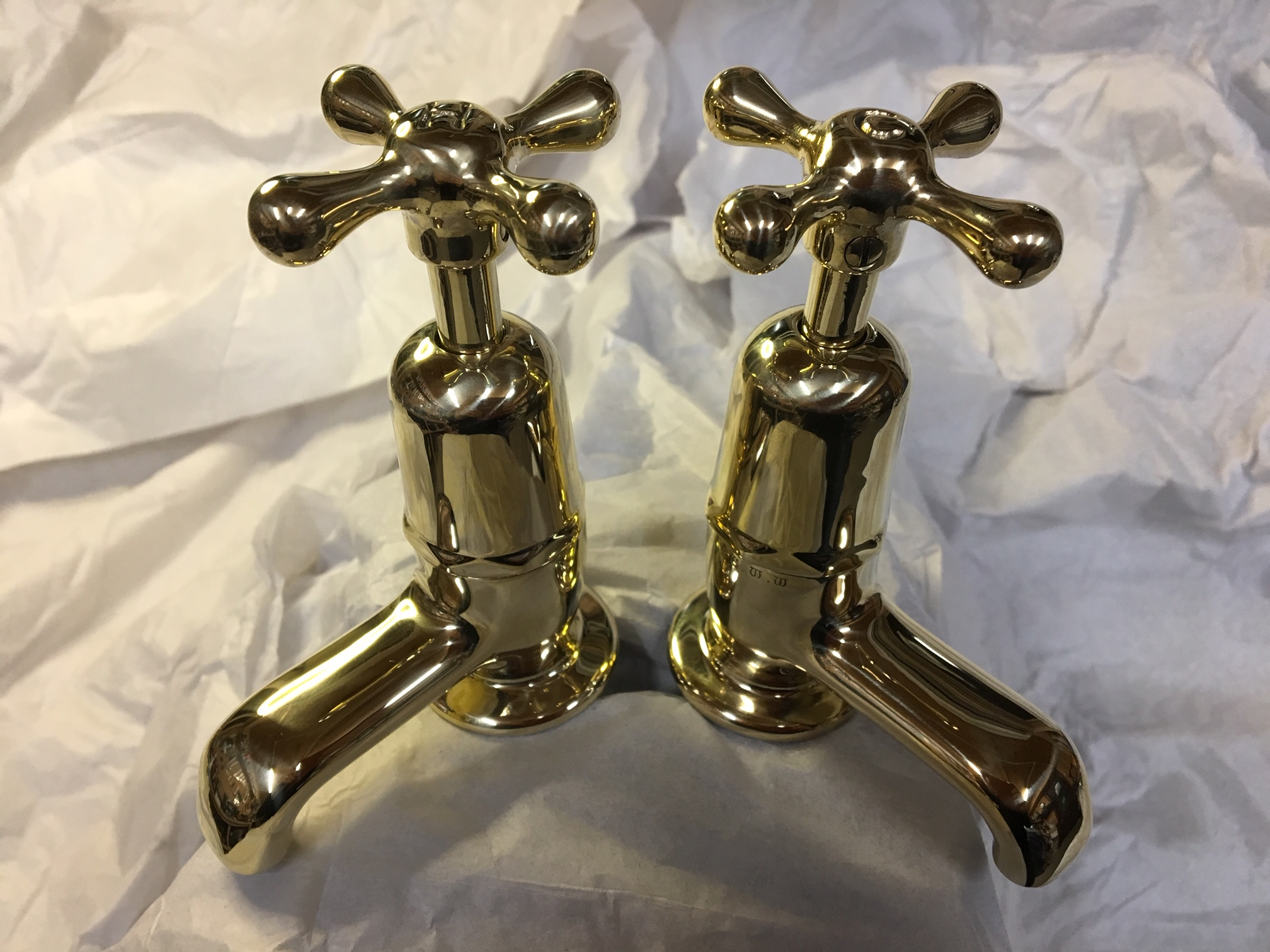 Polished brass basin taps with H&C indented – FOR SALE