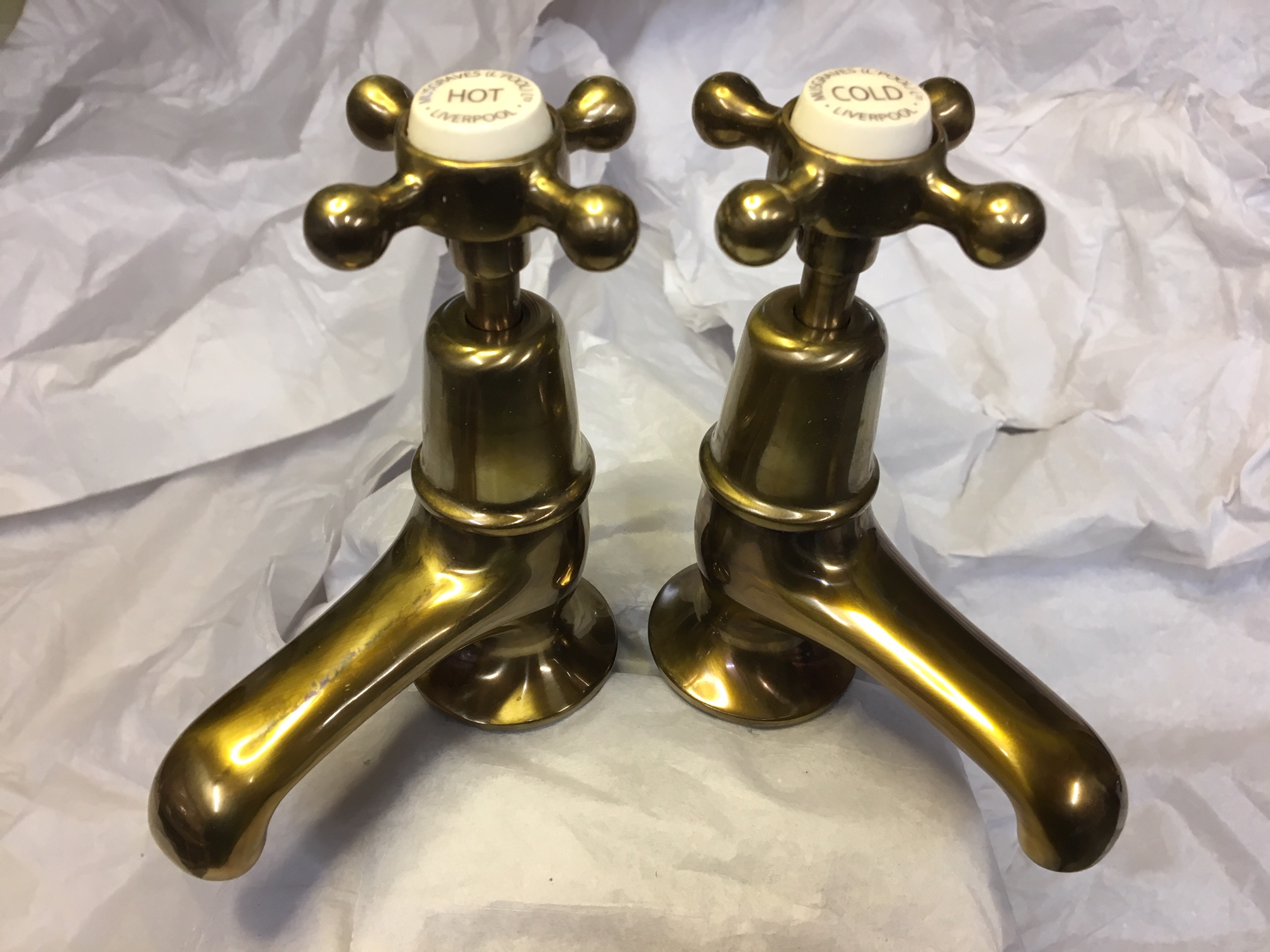 Basin Taps in Aged Brass – FOR SALE